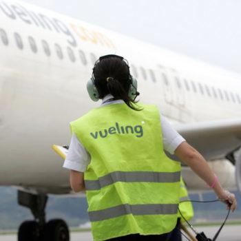 vueling-travel-airlines-brandidentity-18